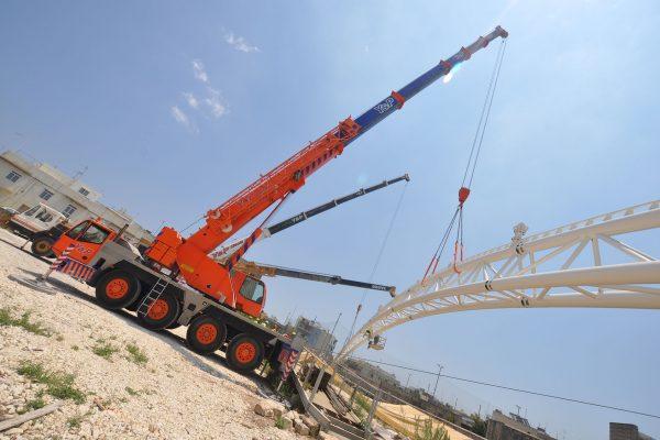 Mobile-Crane-Hire-Tarxien-Temple-