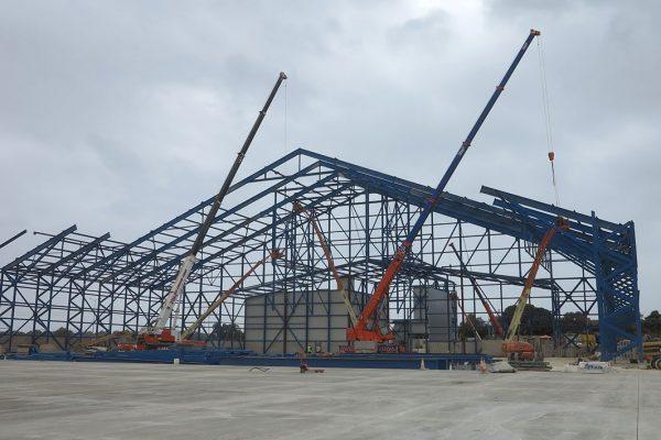 Various-Mobile-Crane---Construcion-of-Aviation-Cosmetic-Hangar-2